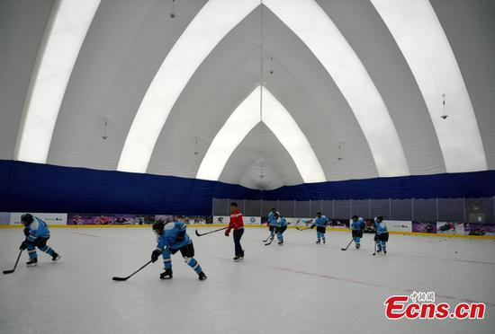 School becomes cradle of China's winter sports athletes
